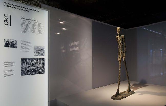 Vue de l'exposition Jacques Chirac, le dialogue des cultures au musée du quai Branly