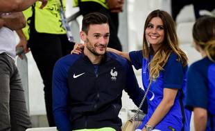 Le gardien de but de l'équipe de France de football Hugo Lloris et son épouse, Marine