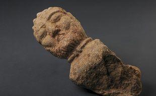 Le buste d'un arisotcrate gaulois a été découvert sur un chantier de fouilles préventives dans les Côtes-d'Armor.