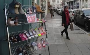 Les commerces de l'avenue Notre-Dame de Nice font partie de la zone touristique internationale.