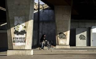 22 janvier 2019. Greenpeace a réalisé une série de graffs à Lyon pour pousser les autorités à réagir face à la pollution de l'air.