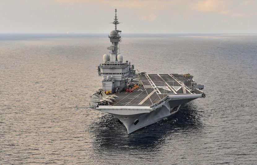 Le porte-avion Charles-de-Gaulle sur le point de rejoindre l'opération anti-Daesh au Moyen-Orient