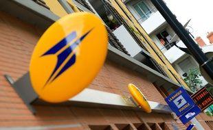 Montpellier une factrice tente de se suicider à la poste