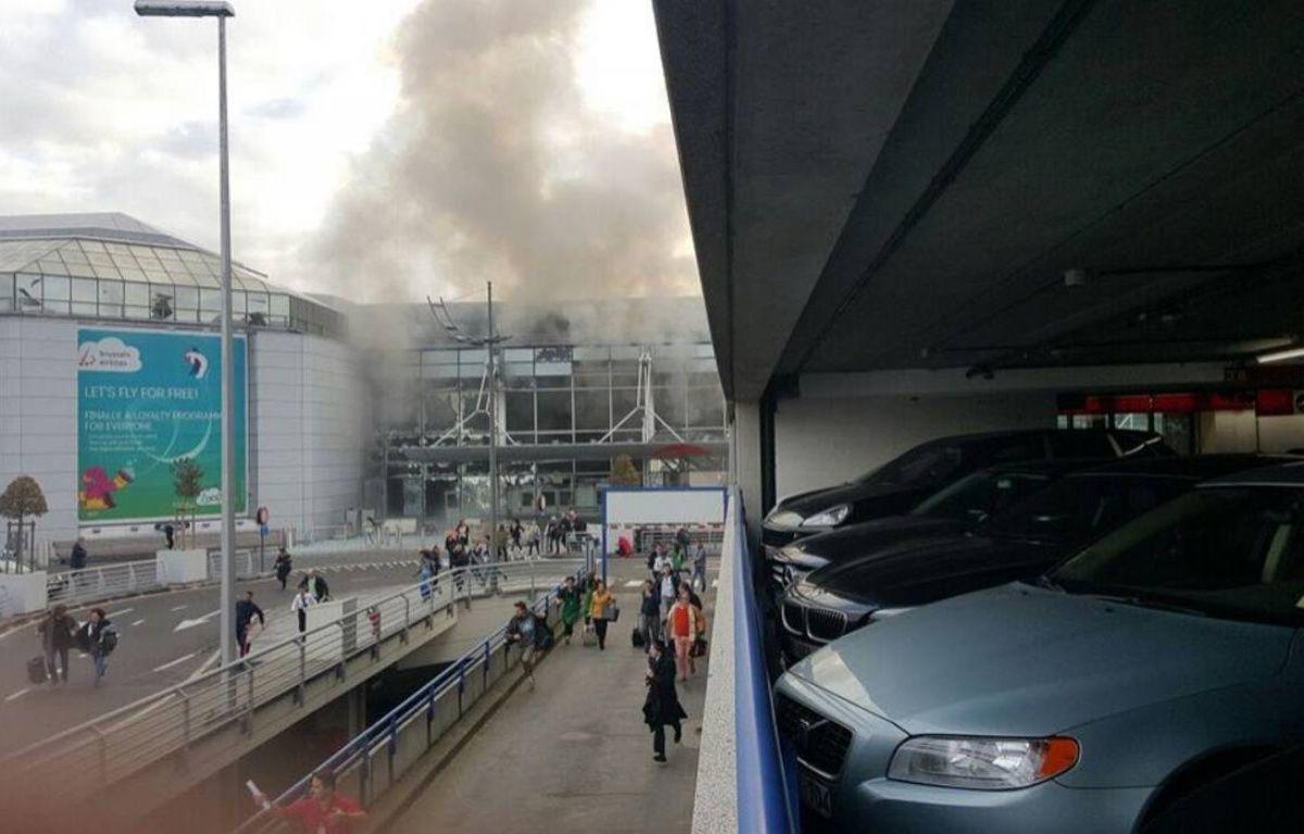 Double explosion à l'aéroport de Bruxelles. – twitter
