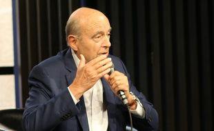 Alain Juppé, à la Station Ausone de la librairie Mollat, le 23 juin 2019.