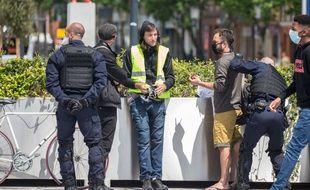 Des « gilets jaunes » ont bravé l'interdiction de manifester samedi, comme ici à Toulouse.