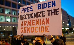 Des manifestants pour la reconnaissance du génocide arménien par les Etats-Unis, le 23 avril 2021 à Washington.