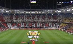 L'hommage des supporters ddu Dinamo à Patrice Ekeng