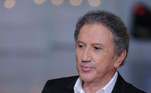 Michel Drucker sur le plateau de «Vivement dimanche», en janvier 2016.