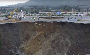 Un trou géant (sinkhole) dans l'Oregon, en janvier 2016.