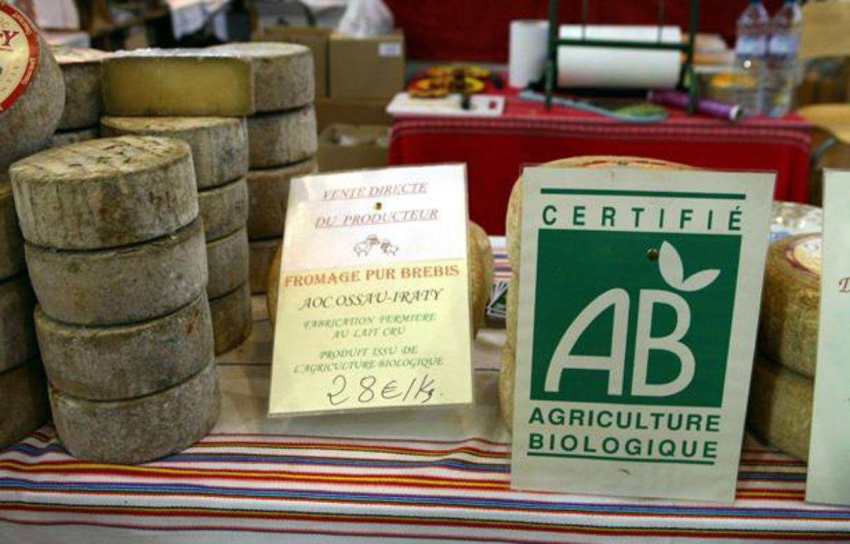 Du fromage bio, portant le label AB (agriculture biologique). – SIMON ISABELLE/SIPA