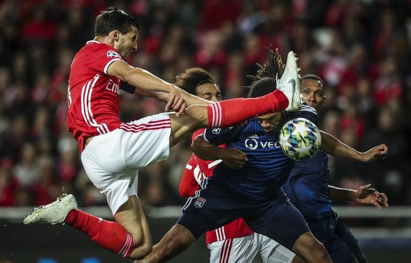 Ligue des champions: L'énorme bourde de Lopes qui enfonce les Lyonnais...Lille prend son premier point...Revivez le direct avec nous