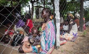 Des femmes et leurs enfants, souffrant de malnutrition, sont soignés à l'hôpital de Leer, au Soudan du Sud, le 7 juillet 2014