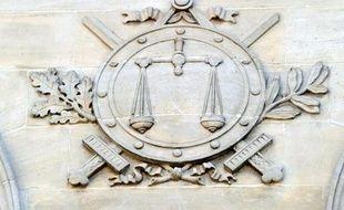 Six personnes devaient être présentées mercredi à un juge d'instruction à Nice, soupçonnées d'être impliquées dans l'assassinat d'un chef de gang en octobre 2011, dont le secret a été gardé jusqu'en décembre 2012.