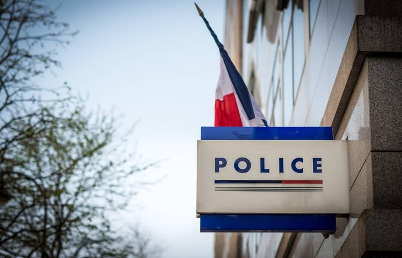 Lyon: Un braqueur arrêté et frappé par les clients d'un fast-food