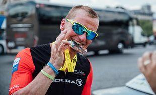 Ludovic Chorgnon a notamment effectué en 2018 un Ironman entre Londres et Paris, avec 68 km de traversée de la Manche à la clé.