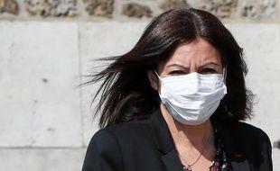 Anne Hidalgo a promis un masque gratuit à tous les Parisiens