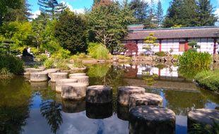 Le jardin zen de l'île Versailles à Nantes.