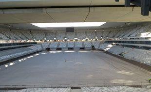 Vue générale du nouveau Stade de Bordeaux dont le terrain mesure 1 hectare.