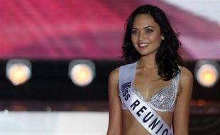 La Réunionnaise Valérie Bègue était menacée de perdre sa couronne de Miss  France 2008 après la eb3532ed77a
