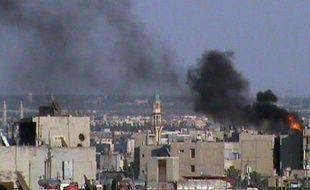 Des centaines de familles étaient piégées sous les bombardements samedi dans la ville de Homs, l'un des bastions de la rébellion en Syrie, où les violences incessantes ont déjà fait 18 morts samedi à travers le pays.