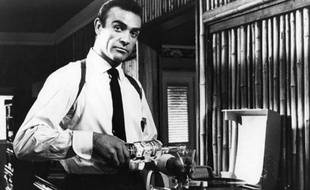 "Sean Connery dans ""James Bond 007 contre Dr. No"" (1963)"