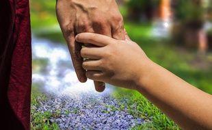 Un parent avec son enfant