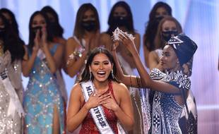 Miss Mexique a été sacrée Miss Univers en Floride dimanche soir.