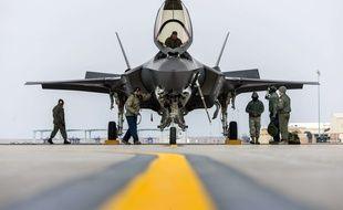 L'avion militaire F-35A à l'essai en février 2016.