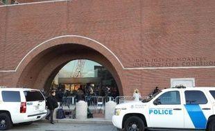 L'entrée du tribunal de Boston le 4 mars 2015
