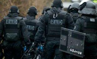 Quatre nouvelles antennes du GIGN et trois du Raid seront créées en province et outre-mer par les mesures anti-terroristes du ministère de l'Intérieur.