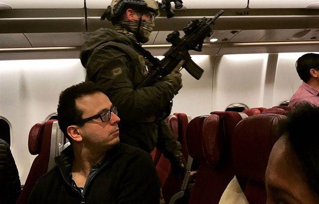 Australie: Des passagers maîtrisent un homme qui menaçait de faire sauter un avion dans actualitas dimanche 648x415_membres-forces-speciales-australiennes-bord-vol-mh-128-apres-fausse-alerte-bombe-31-mai-2017