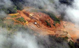 Photo d'une mine d'or près de Cayenne en Guyane.