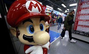 Produit à l'effigie du personnage de Nintendo Super Mario, dans un magasin à Tokyo au Japon le 31 janvier 2018