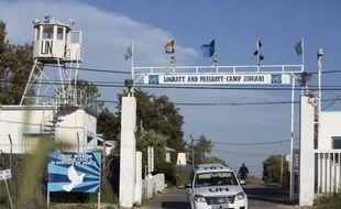 Un groupe armé a capturé quatre observateurs philippins de l'ONU qui patrouillaient au Golan, dans la zone-tampon entre Israël et la Syrie, où le chef de la diplomatie iranienne est venu mardi apporter le soutien de Téhéran à Damas.