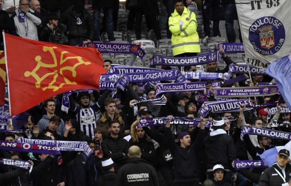 Des supporters du TFC lors du match de Ligue 1 contre Lille, le 5 mars 2017 au Stadium de Toulouse. – P. Pavani / AFP