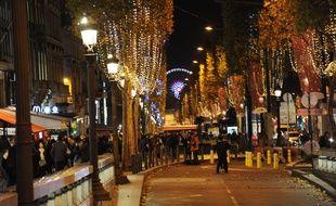 Les illuminations ont été inaugurées sur les Champs-Élysées à Paris, le 22 novembre 2017.