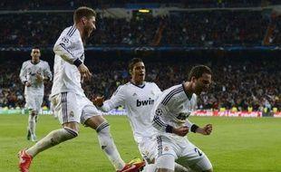 """Le Real Madrid, après sa large victoire contre Galatasaray (3-0), aborde le quart retour de Ligue des champions avec sérénité et même un peu de suffisance, avec les avertissements suspects de Ramos et Xabi Alonso, dont le compteur """"carton"""" sera remis à zéro pour les demi-finales."""