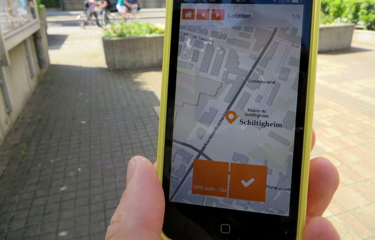 Via l'application pour smartphone, TellMyCity, les habitants de Schilitgheim peuvent faire remonter les problèmes de leur quotidien dans la ville. – F. Hernandez / 20 Minutes