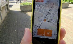 Via l'application pour smartphone, TellMyCity, les habitants de Schilitgheim peuvent faire remonter les problèmes de leur quotidien dans la ville.