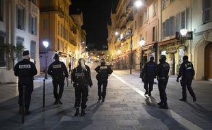 Des policiers dans les rues de Nice en octobre 2020 (Illustration)