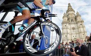 Sylvain Chavanel (Omega Pharma) a remporté jeudi le titre de champion de France du contre-la-montre pour la quatrième fois, après 2005, 2006 et 2008, sur un parcours de 48,5 kilomètres autour de Saint-Amand-les-Eaux (Nord).
