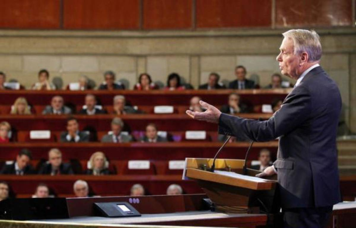 Le Premier ministre Jean-Marc Ayrault a lancé mardi, au terme d'une grande conférence sociale - innovation destinée à réformer dans la concertation - une multitude de négociations avec le patronat et les syndicats pour redresser la compétitivité et sauver l'emploi. – Charles Platiau afp.com