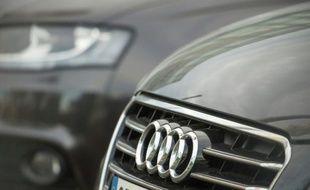Les marques de voitures haut de gamme allemandes Audi et Mercedes-Benz ont battu des records de ventes en 2015, résistant même sur un marché chinois en difficulté