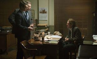 Jonathan Groff et Holt McCallany dans la série « Mindhunter ».