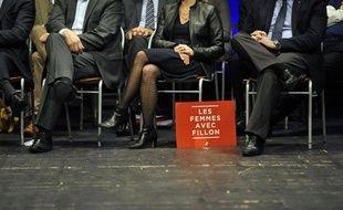 Les femmes avec Fillon, le 9 novembre 2016 lors d'un meeting du candidat à Lille.