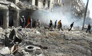 Le régime syrien et l'opposition, en négociations sous l'égide de l'ONU à Genève, se sont accusés mutuellement jeudi d'actes de terrorisme dans la guerre qui les oppose depuis près de trois ans.
