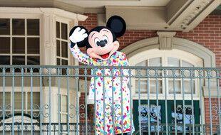 Le personnage de Mickey lors de la réouverture du parc Disneyland à Orlando, en Floride, en juillet 2020