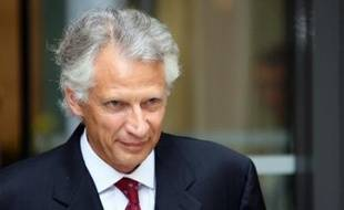 Les juges chargés du dossier de dénonciation calomnieuse Clearstream ont accepté de rouvrir l'enquête judiciaire, clôturée le 22 février, pour mieux cerner le rôle de Dominique de Villepin dans cette affaire, comme le leur a demandé le parquet de Paris.