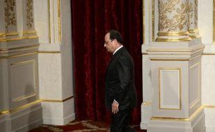 Le président français François Hollande à Paris le 14 novembre 2015
